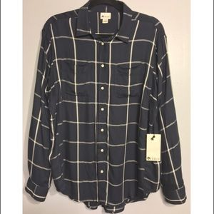Brand new with tags stylus button up blouse